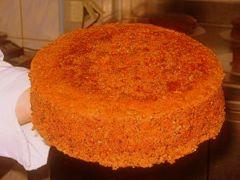 """Бисквитный торт """"Зайкина радость"""" с заварным морковно-сливочным кремом"""